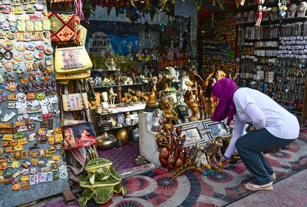Сувенирная лавка в районе Наама Бей в Шарм-эль-Шейхе