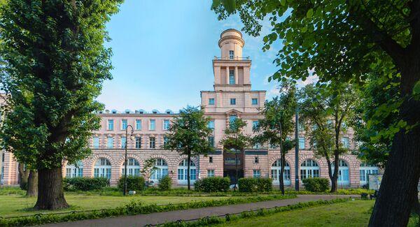 Главный корпус Университета ИТМО на Кронверкском проспекте, 49