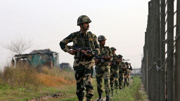 Индийские военные на границе с Пакистаном