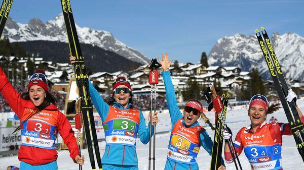 Российские лыжницы Юлия Белорукова, Анастасия Седова, Анна Нечаевская и Наталья Непряева
