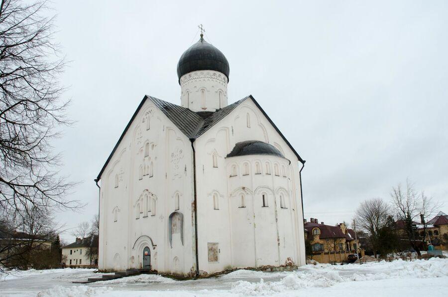 Храм Спаса на Ильине в Новгороде