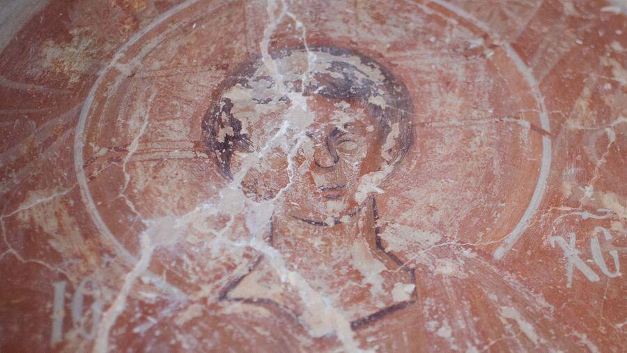 Богоматерь с Младенцем, Неопалимая Купина, Южная стена Троицкой каморы, фреска Феофана Грека.