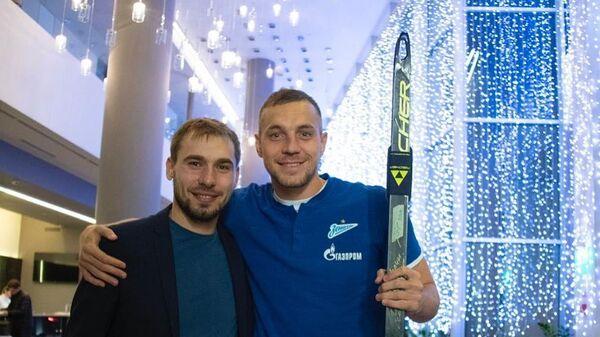 Антон Шипулин (слева) и Артем Дзюба