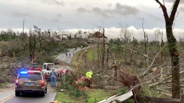 Последствия торнадо в штате Алабама, США. 3 марта 2019