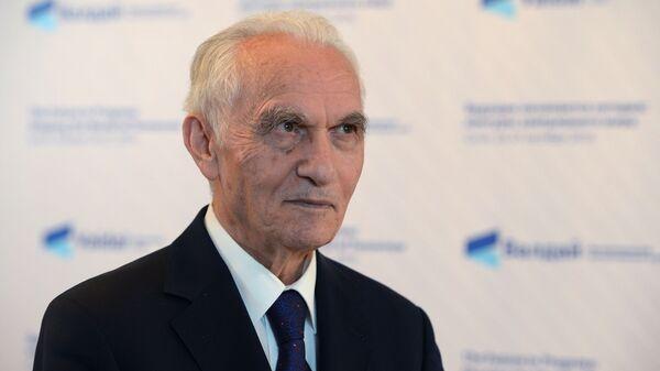 Бывший министр иностранных дел Турции Яшар Якыш