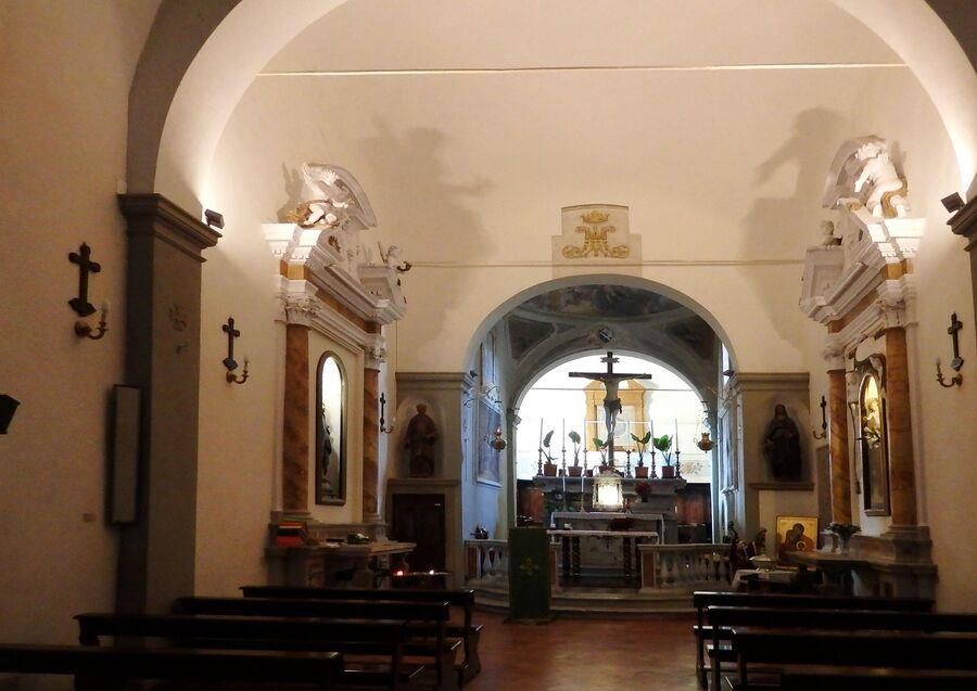 Тоскана. Сан-Вивальдо, церковь Св. Вивальдо