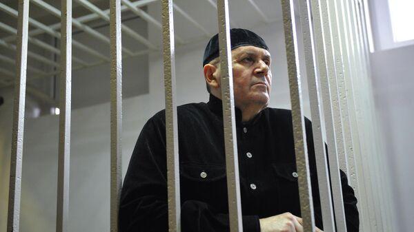 Глава чеченского отделения правозащитного центра Мемориал Оюб Титиев на заседании Шалинского городского суда
