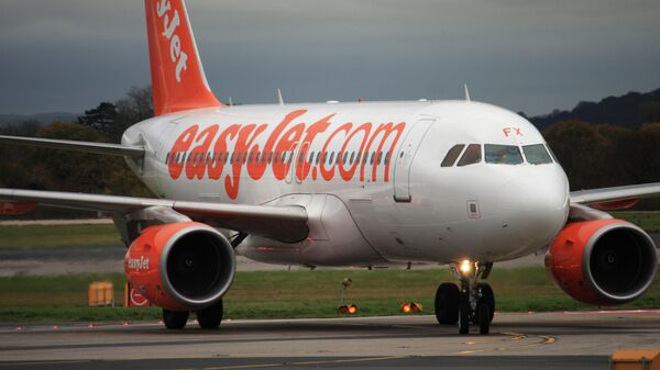 Самолет авиакомпании EasyJet в аэропорту Манчестера