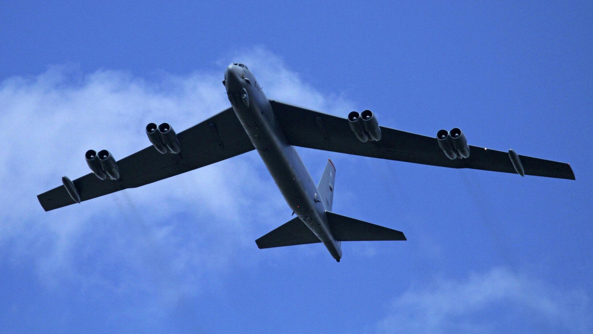 Стратегический бомбардировщик Boeing B-52H Stratofortress ВВС США - РИА Новости, 1920, 04.09.2020