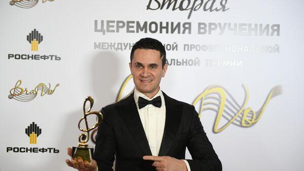Продюсер, композитор Денис Ковальский во время вручения музыкальной премии BraVo в Москве