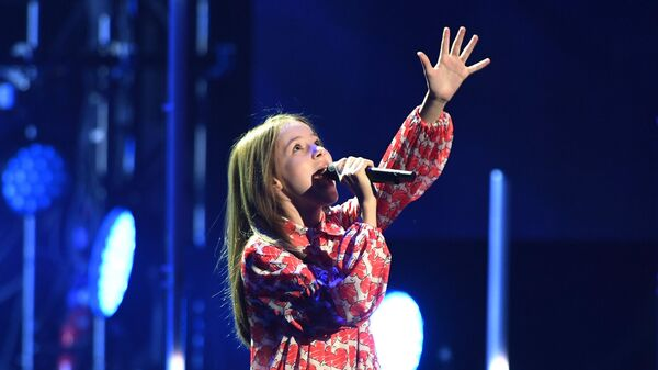 Певица Данелия Тулешова (Казахстан) во время церемонии вручения музыкальной премии BraVo в Москве
