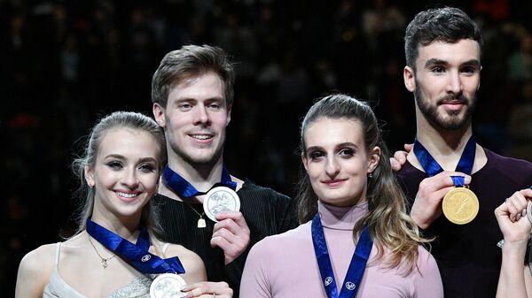 Виктория Синицина, Никита Кацалапов, Габриэлла Пападакис и Гийом Сизерон (слева направо)