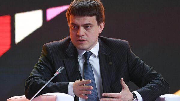 Котюков рассказал о направлениях первых научно-образовательных центров