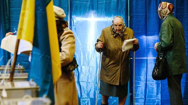 Наблюдатели ENEMO рассказали о проблемах с подсчетом голосов на Украине
