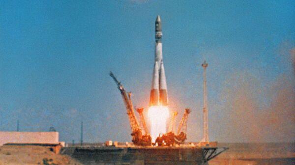 Старт космического корабля Восток-1 на космодроме Байконур