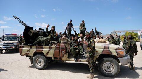 Хафтар жжет. Американские военные спешно покинули Ливию