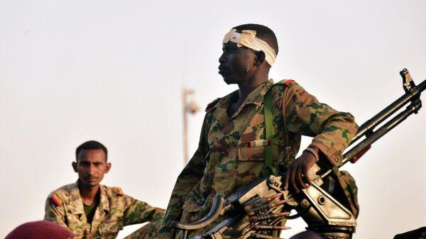 Армия отправляет вотставку президента— Переворот вСудане