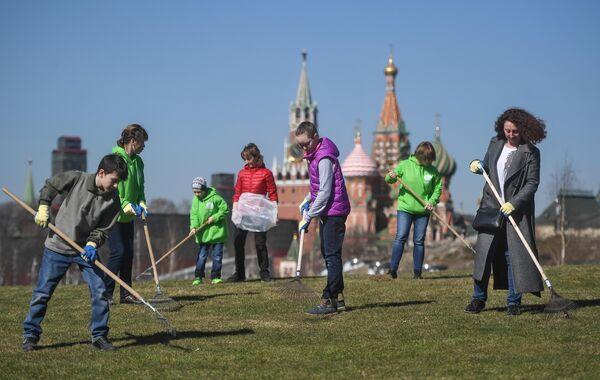 Субботники в Москве