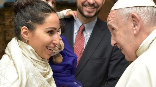 Оперная певица Светлана Касьян с папой Римским Франциском