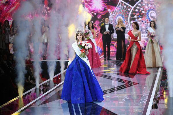 Мисс Россия 2019 Алина Санько на церемонии награждения финалисток конкурса Мисс Россия 2019