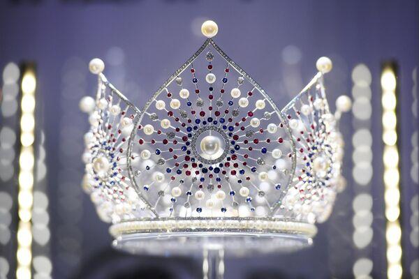 Корона Мисс Россия перед началом финала конкурса Мисс Россия 2019
