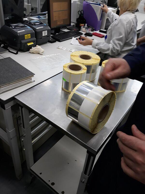 Изготовление радиометок для предотвращения краж картин из музеев на заводе Микрон