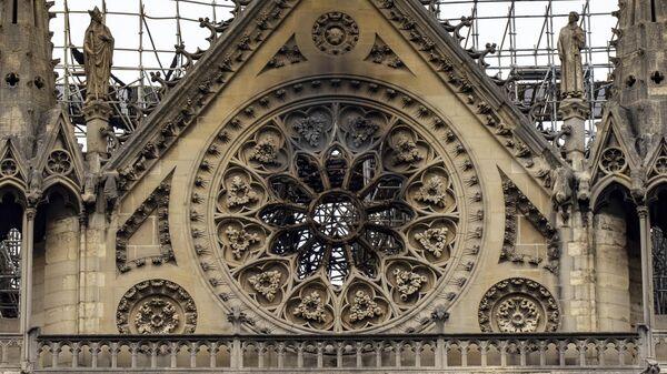 Последствия пожара в соборе Парижской Богоматери. Архивное фото