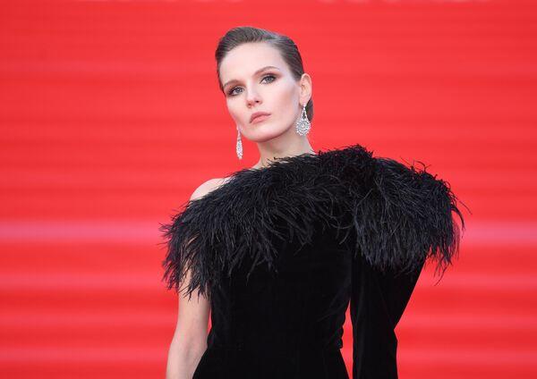 Актриса Мария Фомина на открытии 41-го Московского Международного кинофестиваля (ММКФ)