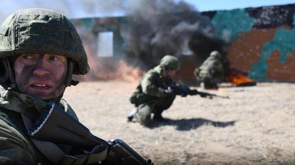Военнослужащие ВВО