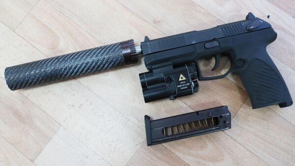Самозарядный пистолет Удав
