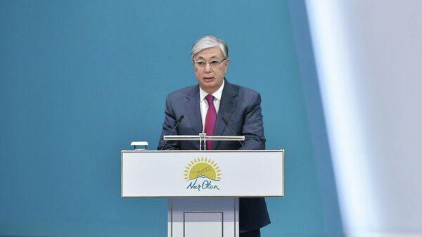 Действующий президент Казахстана Касым-Жомарт Токаев на XIX внеочередном съезде партии Нур Отан