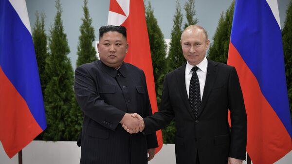 Президент России Владимир Путин во время встречи с лидером КНДР Ким Чен Ыном. 25 апреля 2019
