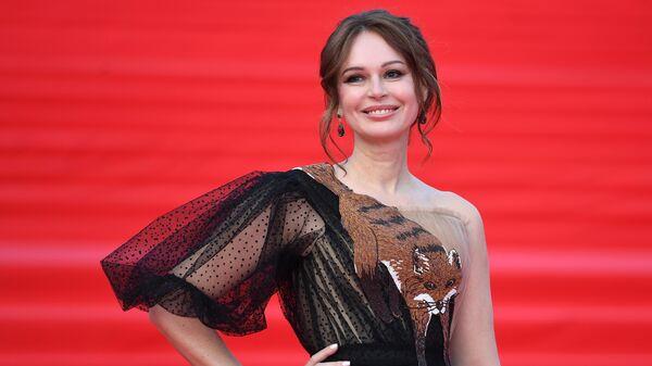 Актриса Ирина Безрукова на церемонии закрытия 41-го Московского Международного кинофестиваля (ММКФ) в Москве