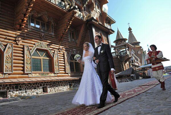 Регистрация брака в ЗАГСе на территории Измайловского Кремля