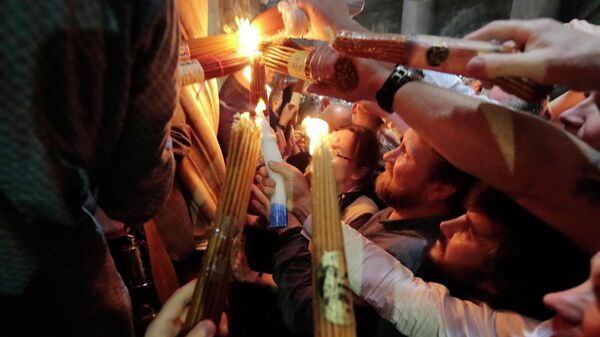 LIVE: Схождение Благодатного огня в храме Гроба Господня