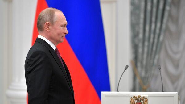 Президент РФ Владимир Путин на церемонии вручения медалей Герой Труда Российской Федерации. 29 апреля 2019