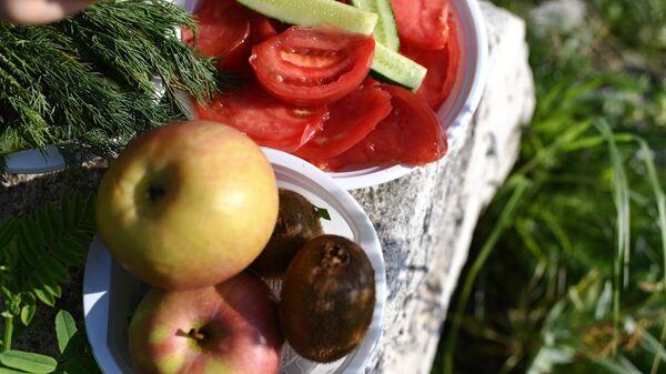 Фрукты и овощи, Пикник