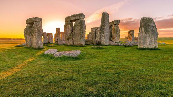 Ученые считают, что камни в основании Стоунхенджа доставлялись по земле