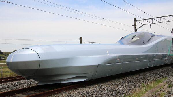 Новый испытательный сверхскоростной пассажирский экспресс ALFA-X