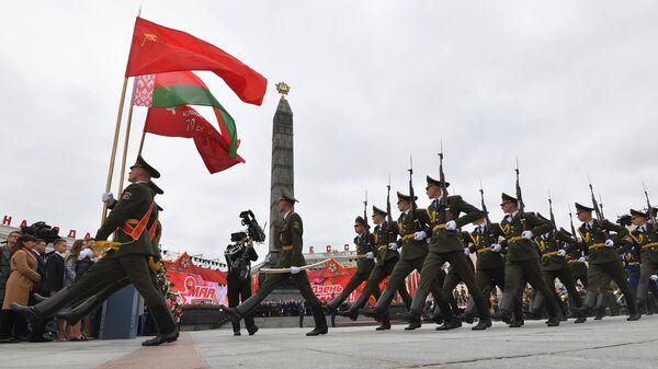 Парадные расчеты военнослужащих на торжественных мероприятиях в Минске, посвященных Дню Победы