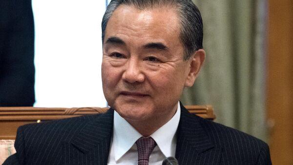 Министр иностранных дел Китая Ван И во время встречи с министром иностранных дел России России Сергеем Лавровым в Сочи