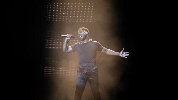 Певец Джон Лундвик (Швеция) в финале международного конкурса Евровидение-2019