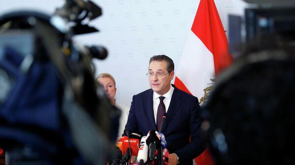 Штрахе-тибидохе-тибидохе. Почему плохо Австрии, а тошнит всю Европу?
