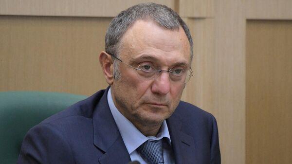 Сенатор, член комитета Совета Федерации по регламенту и организации парламентской деятельности Сулейман Керимов на заседании СФ РФ