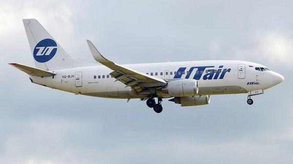 Самолет Boeing 737-524 авиакомпании ЮТэйр