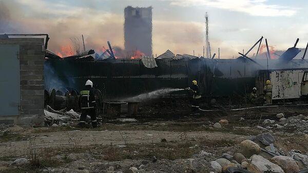 Возгорание складов в город Кола в Мурманской области. 27 мая 2019