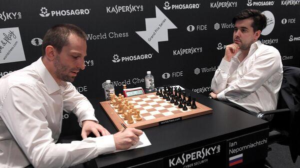 Ян Непомнящий (справа) и Александр Грищук