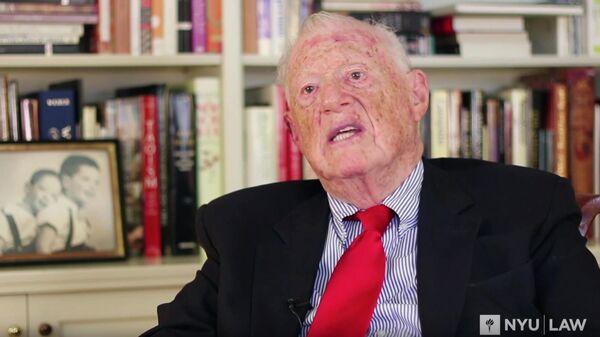 Американский издатель и основатель правозащитной организации Human Rights Watch Роберт Бернштейн