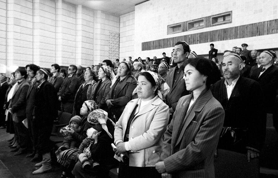 Оглашение приговора участникам ферганского погрома 3-4 июня 1989 года