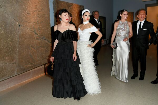 Миа Моретти и Стейси Бендет на церемонии вручения премии Совета модельеров Америки